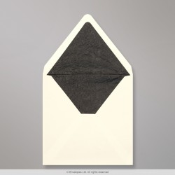 160x160 mm Ivory Envelope Lined With Black Fancy Paper